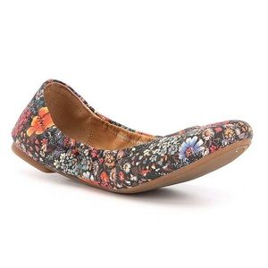 "Lucky Brand ""Boogie"" Floral Emmie Flats Size 6.5"